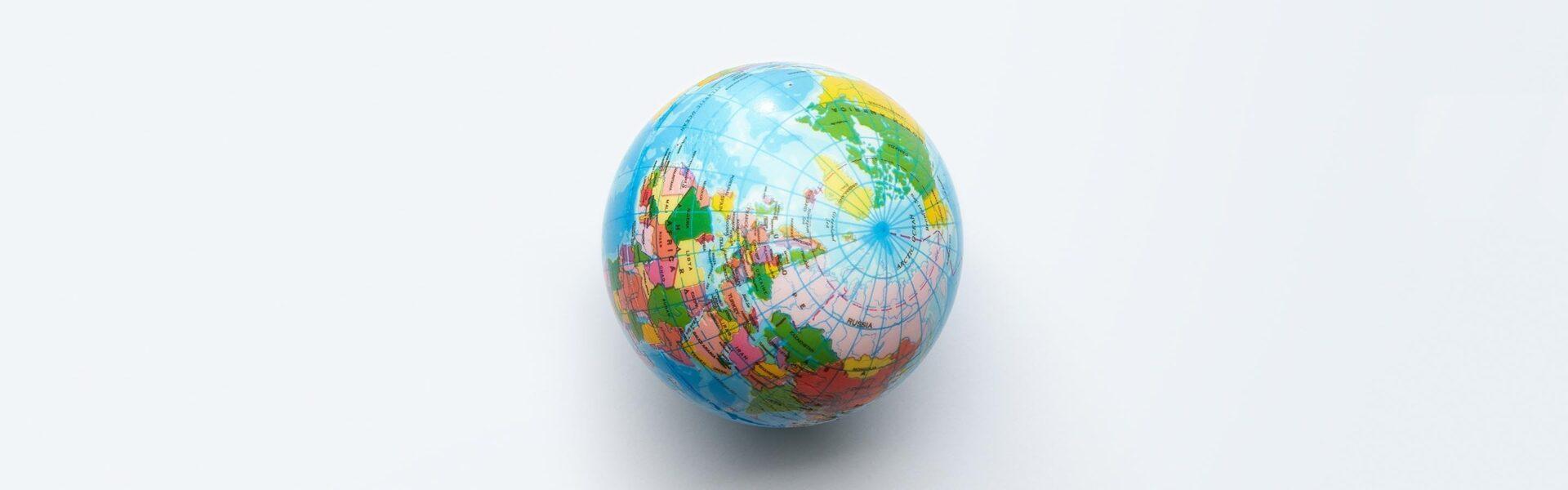 Weltkugel als Symbolbild für Sprachendienst